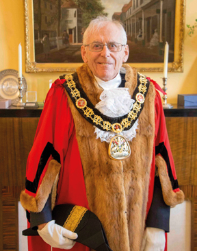 Introducing Mayor Len Horwood