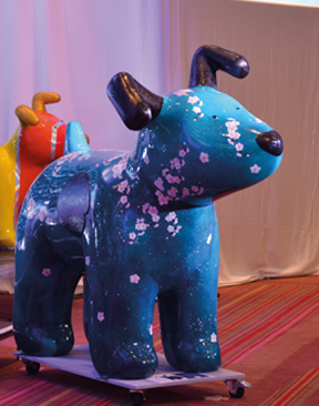 Snowdog & Snowpup Charity Fundraiser for Pilgrims Hospices